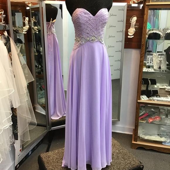 Blush Dresses & Skirts - Blush 11070 Lilac size 14